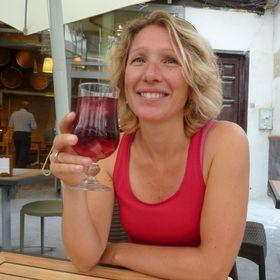 Astrid Van der Leeden