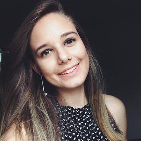 Aline Vilar