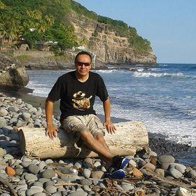 Ruben E. Carreño