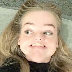Julie Lundhagebakken