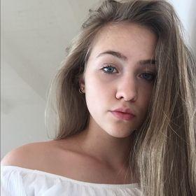 Nicole Stenzl