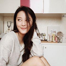 Chantelle Lin