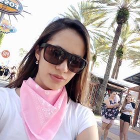 •Sofi Gutiérrez •