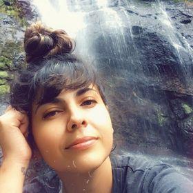 Camilla Mostardeiro