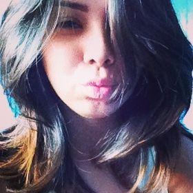 Alinee Nascimento