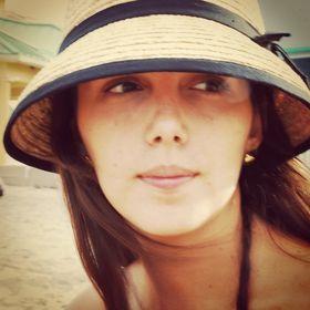 Maria Juliana Morales