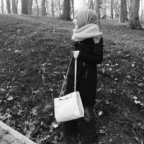 Melike Demir