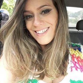 Juliana Henrique Hoelz