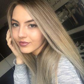 Elena 👑