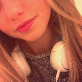 Christina :)