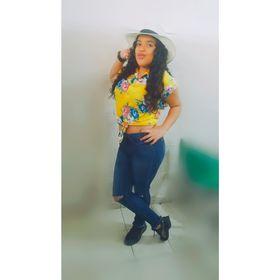 Laura Selene Romero