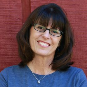 Theresa Loe | Living Homegrown Podcast + Canning Expert + Household Productivity Mentor