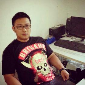 Ryan W Kurniawan