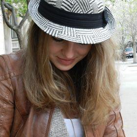 Karolina Natalia