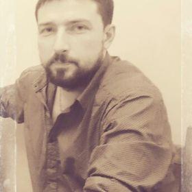 Олег Плохотнюк