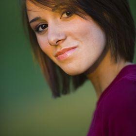 Irena Berge