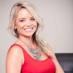 SARAH ROSE GRAPHIC DESIGN | Luxury Branding Designer | Logo, Website + Marketing Design