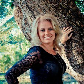 Debbie De Bruin