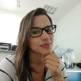 Elaine Camargo
