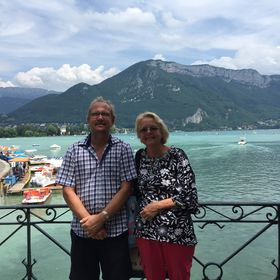 Empty Nesters Travel Insights (Travel tips and ideas)