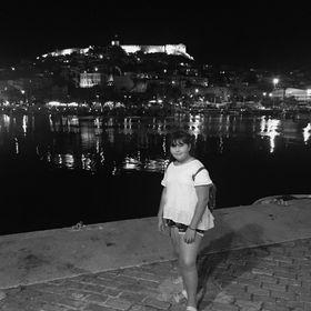 Efi Savidou