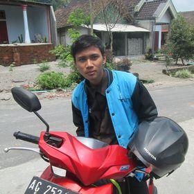 Mr Nur