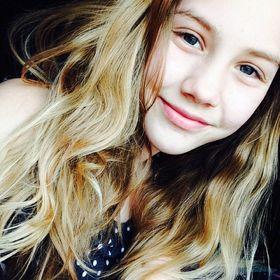 Charlotte Canzi
