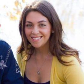 Dani Pierce || Trendy Faith-based Lifestyle Blog