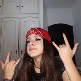 Natalia Domenes