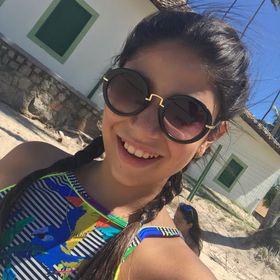 Julia Muniz