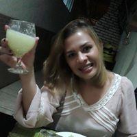 Adrianna Medeiros