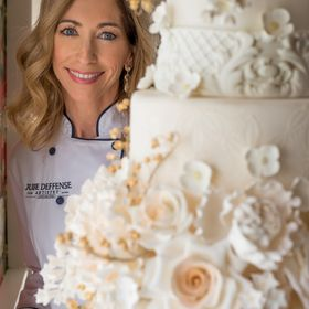 Julie Deffense Artistry Luxury Wedding Cakes