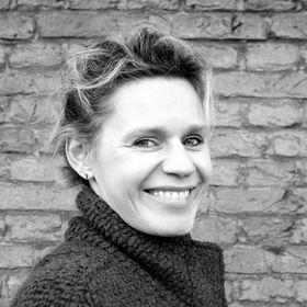 Yvonne Van De Graft Yvonnevdgraft On Pinterest