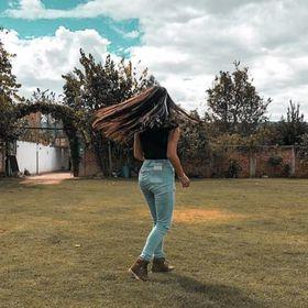 Ariana Cruzado Bazán