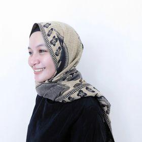Putri Arifin