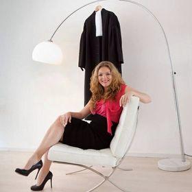 Lisette Van Dinter