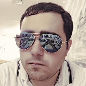Эмиль Саркисов
