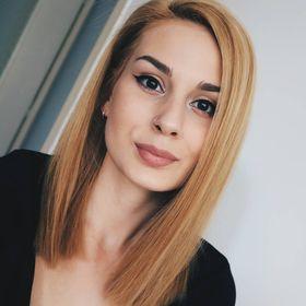 Silvia Louise