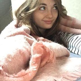 Axelle Ciroux