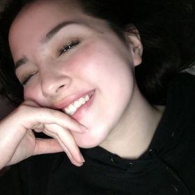 Alexandria Lewis