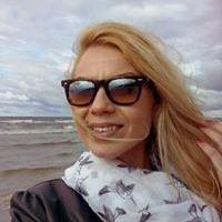 Bettina Korom