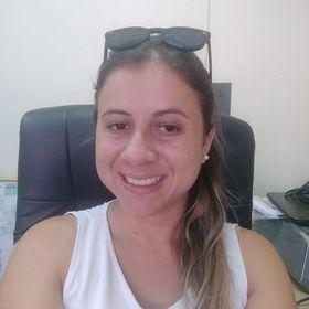 Pamela Clive Santos Moreira