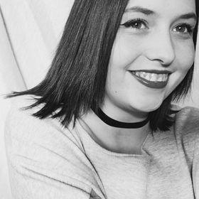 Laura Ozeel