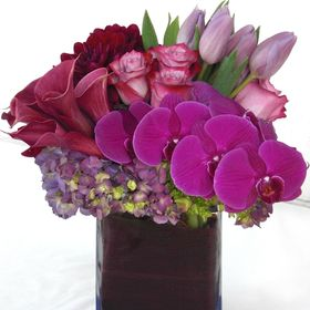 Floral Designs by Dave's Flowers
