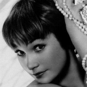 Shirley Roberto