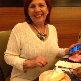Gloria Aravena
