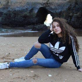 mariana_marreir