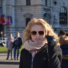 Andreea Ticlau