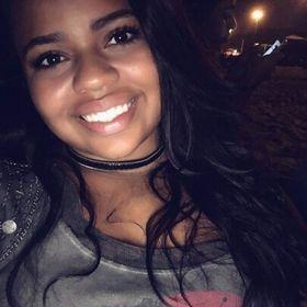 Taynara Santos