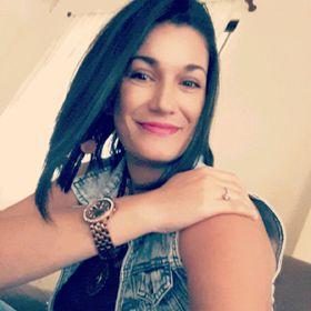 Isa Monge Navarro